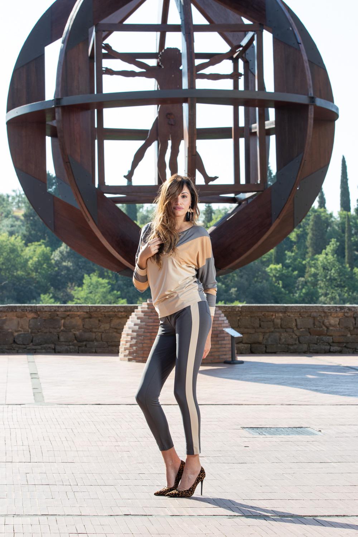 Bellissima Modella Ancora Moda per book fotografico
