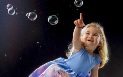 Il servizio fotografico di una bambina di nome Futura