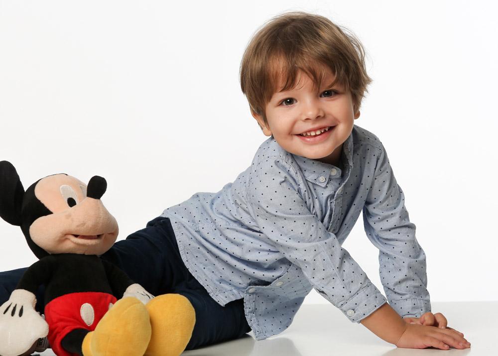 fotografia bambino con topolino