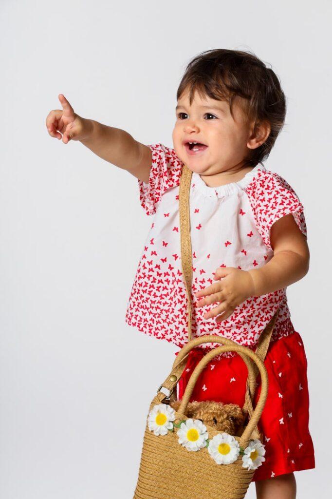 nadia con la borsetta